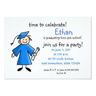A graduação do pré-escolar convida--menino, azul convite 12.7 x 17.78cm