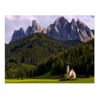 A igreja só isolada bonita chamou Rainui 2 Cartão Postal