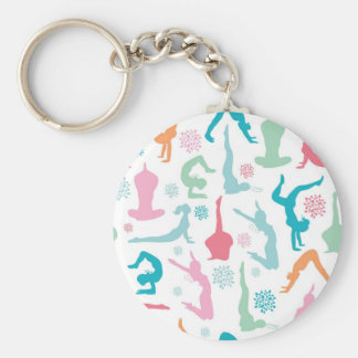 A ioga colorida levanta o teste padrão chaveiro