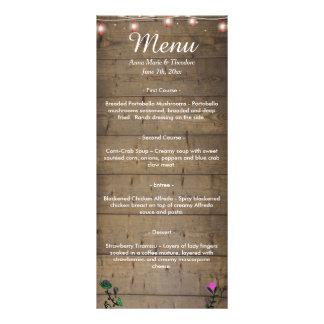 A lanterna rústica ilumina o menu do casamento 10.16 x 22.86cm panfleto