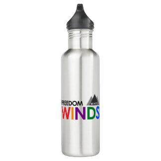 A liberdade enrola a garrafa de água