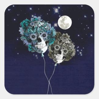 À lua, balões do crânio do céu nocturno adesivo quadrado