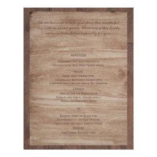 A madeira do celeiro carrega o menu do casamento modelos de panfleto