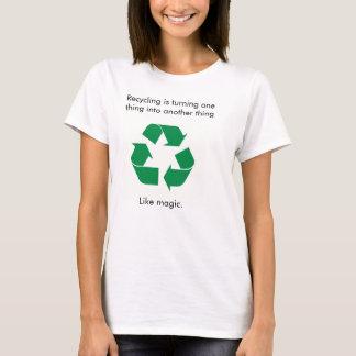 A mágica do reciclagem tshirts