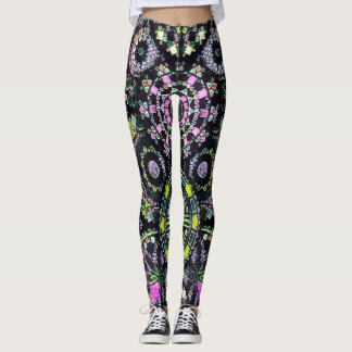 A maioria de arte colorida popular do giz da leggings
