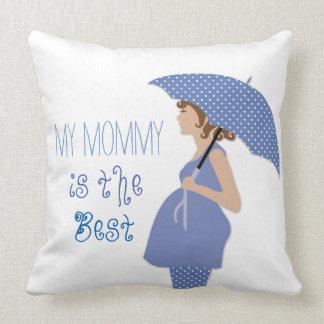 A mamãe do bebê do algodão é a melhor decoração do almofada