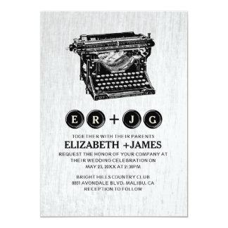 A máquina de escrever velha fecha convites do