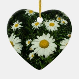 a margarida branca floresce o feliz aniversario ornamento de cerâmica coração
