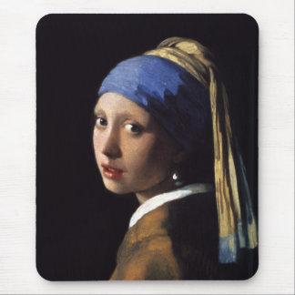A menina com um brinco da pérola por Johannes Verm Mousepad