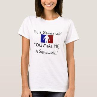 A menina do Gamer quer NOMNOM! Camiseta