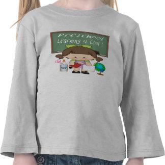 A menina pré-escolar que aprende é legal camisetas