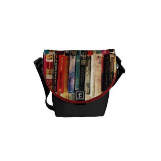 A mini bolsa mensageiro dos livros