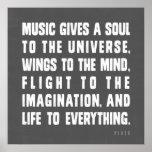 A música dá uma alma ao universo posteres