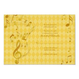 A música dourada do Harlequin nota o cartão Convites Personalizados