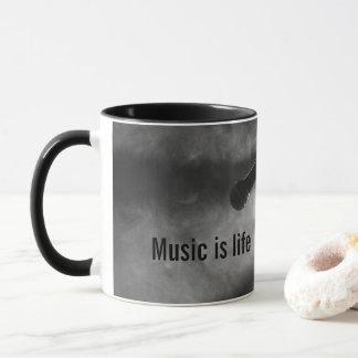 A música é caneca da vida