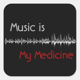 A música é minha etiqueta preta & vermelha da