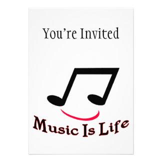 A música é smiley da nota musical da vida convites personalizado