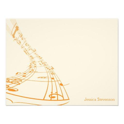 A música nota o cartão de nota liso (alaranjado) convite personalizado
