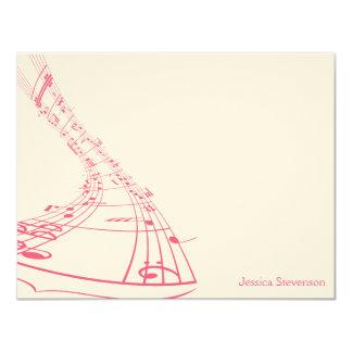 A música nota o cartão de nota liso (o rosa) convite 10.79 x 13.97cm