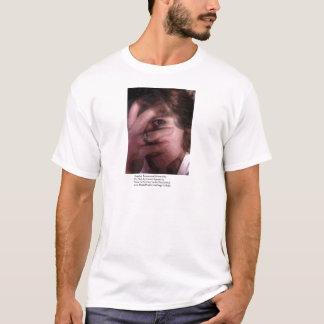 A normalidade Paranormal de Angela Camiseta