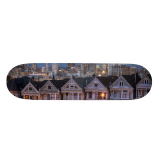 """A opinião da noite """"pintou de casas das senhoras"""" shape de skate 20,6cm"""