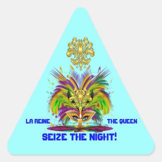 A opinião da rainha do carnaval nota por favor adesivo triangular