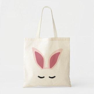 A orelha do coelho chicoteia o bolsa