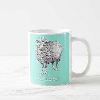 """A """"ovelha bonito é"""" caneca impressionante dos"""