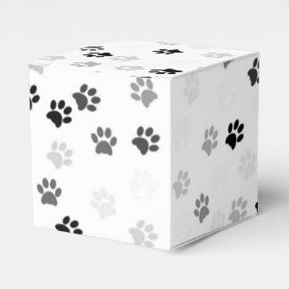 A pata imprime a caixa do favor de partido para