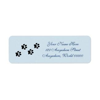 A pata imprime etiquetas de endereço