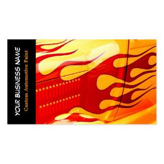 A pintura do carro arde o trabalho da pintura no cartão de visita