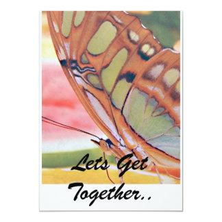 A pintura dourada da borboleta, deixa a reunião. convite 12.7 x 17.78cm