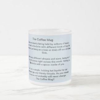 A poesia da caneca de café em um copo