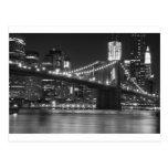 A ponte de Brooklyn - preto e branco Cartao Postal