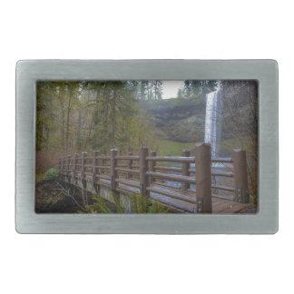 A ponte de madeira na prata cai parque estadual