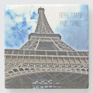A porta copos de pedra da torre Eiffel -