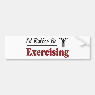 A preferencialmente esteja exercitando adesivo