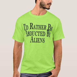 A preferencialmente seja sequestrada pela camiseta