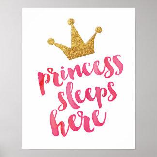 A princesa dorme caçoa aqui o impressão do poster