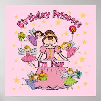 A princesa Eu do aniversário é quatro t-shirt e pr Posteres
