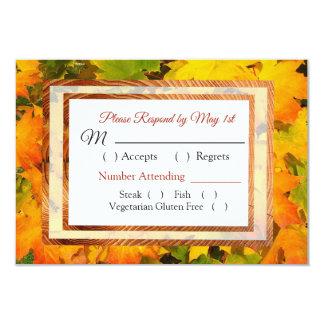 A queda deixa o outono que Wedding o cartão de
