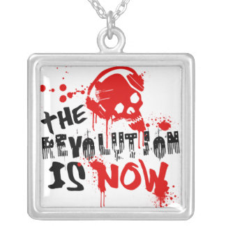 A revolução é agora bijuteria personalizada