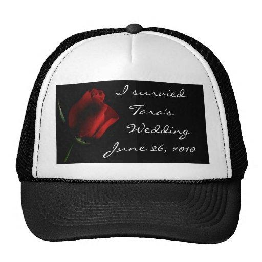 A rosa vermelha em Preto personaliza-o Boné