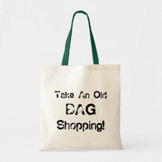 A sacola engraçada toma uma compra do saco velho,  bolsa tote