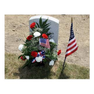 A sepultura do soldado cartão postal