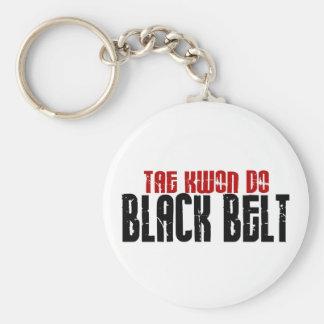 A TAI Kwan faz o karaté do cinturão negro Chaveiros