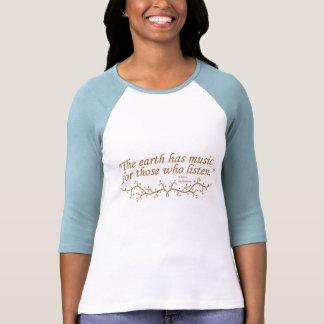 A terra tem t-shirt da música