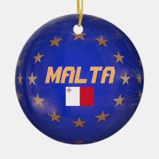 A UE de Malta embandeira enfeites de natal feitos