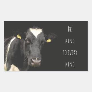 A vaca    seja amável a cada tipo adesivo retangular