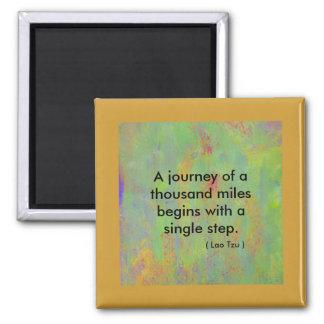 A viagem das citações A do zen de mil milhas começ Ímã Quadrado
